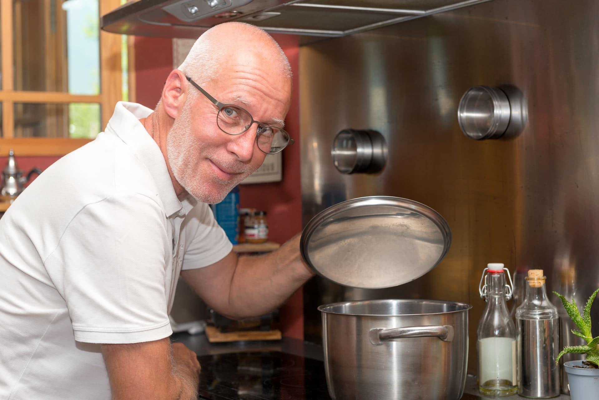 פרקינסון ותזונה - Restart Therapy מומחים בשיקום פרטי בבית הלקוח