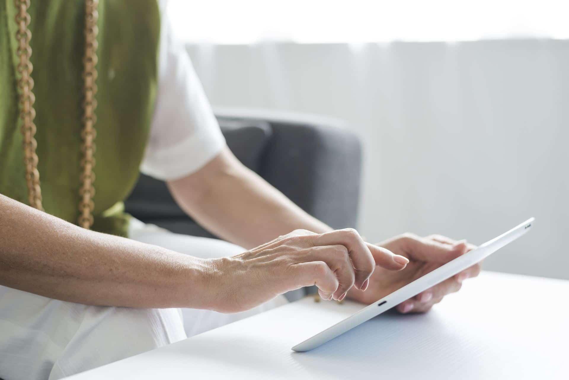 המדריך הדיגיטלי לשיקום ושיפור התחושה בידיים מבית Restart Therapy המומחים בשיקום פרטי בבית הלקוח