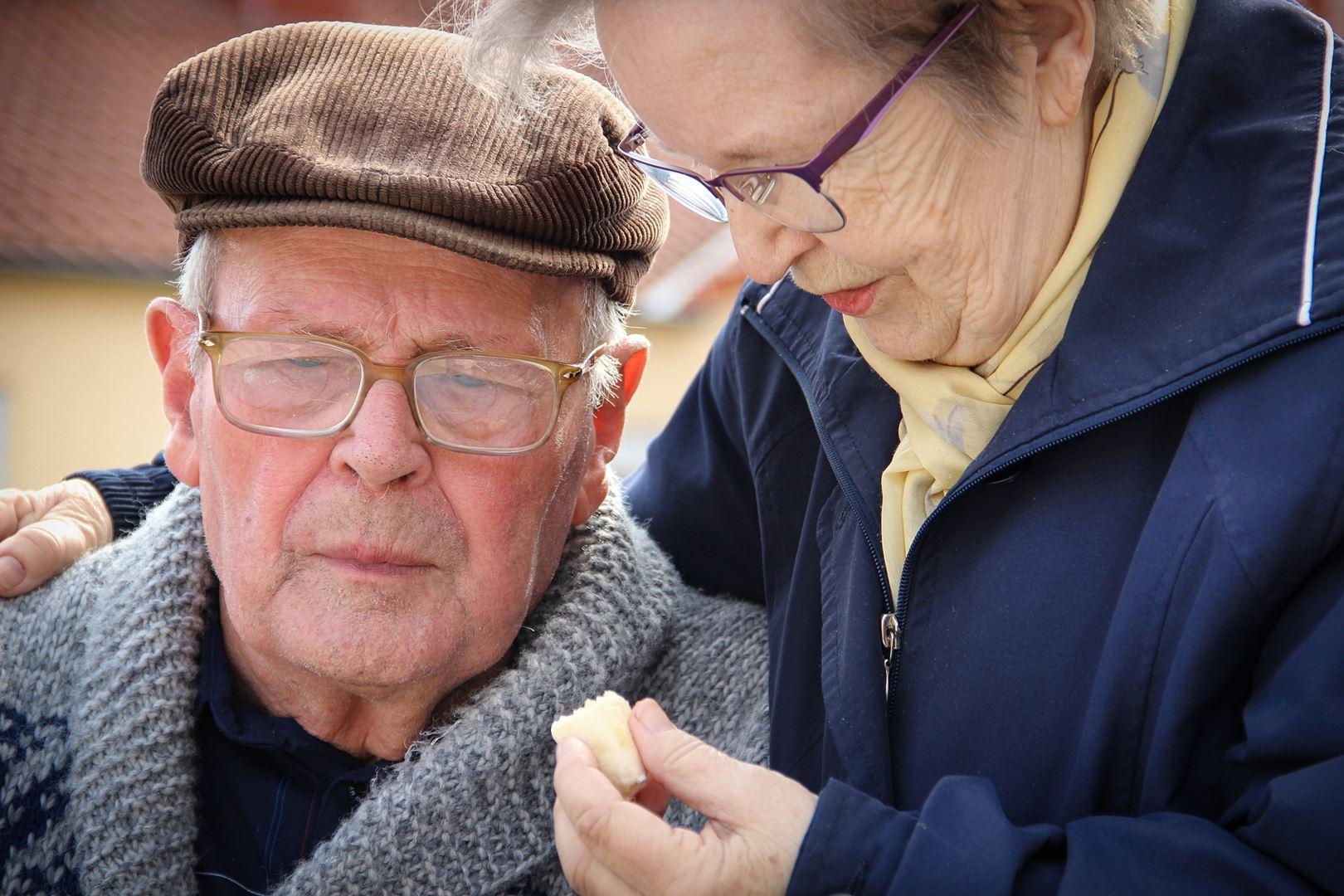 קלינאית תקשורת לטיפול באפזיה - Restart Therapy שיקום פרטי בבית הלקוח